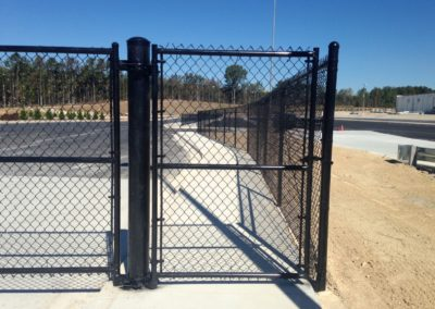 Commercial Security Fence (8)