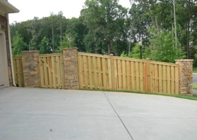 Wooden Privacy Fence with Copper (1)