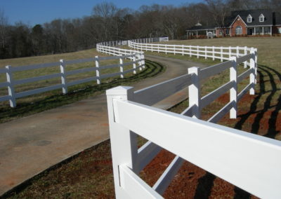 white vinyl ranch rail fencing (4)