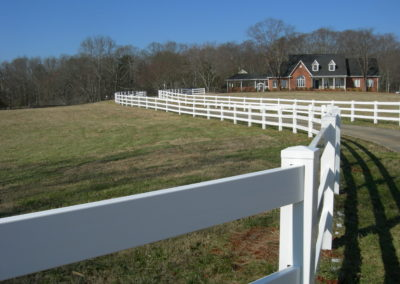 white vinyl ranch rail fencing (6)